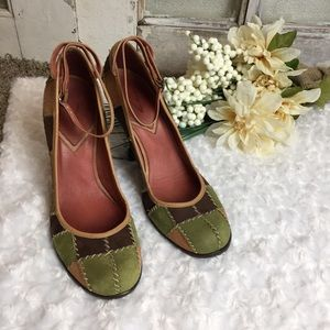 056e1d6f1fe75 Vince Camuto Patchwork Wedges Size 8.5